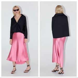 NWT. Zara Pink Satin Finish Midi Skirt. Size M.